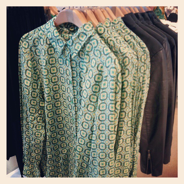 Green printed blouse Joe Fresh